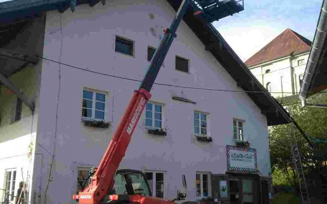 Reparaturen an Dach und Fach