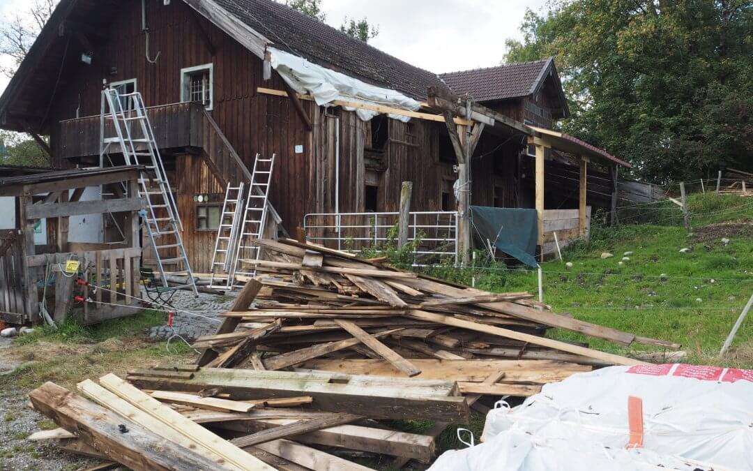 Renovierungsarbeiten am Sommerstall